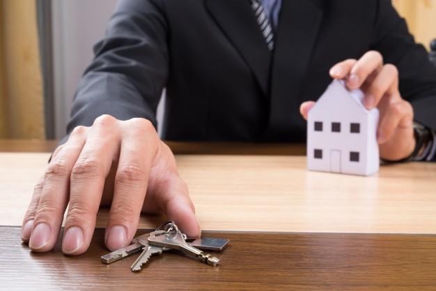 Detrazione degli interessi per mutui ipotecari per l'acquisto dell'abitazione principale – Coniuge a carico